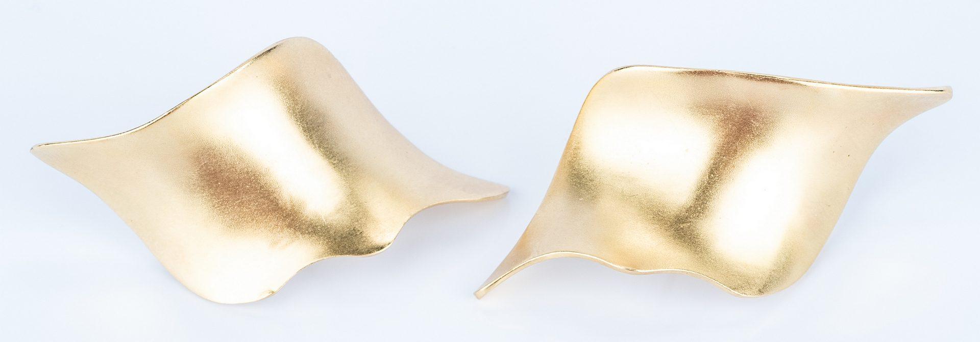 Lot 19: 2 Pairs 18K Italian Earrings incl. Lalounis