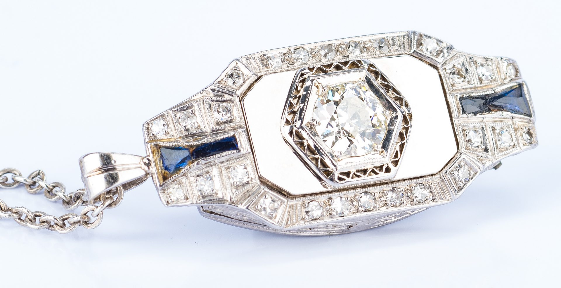 Lot 23: Art Deco 1 ct OMC Diamond Pendant