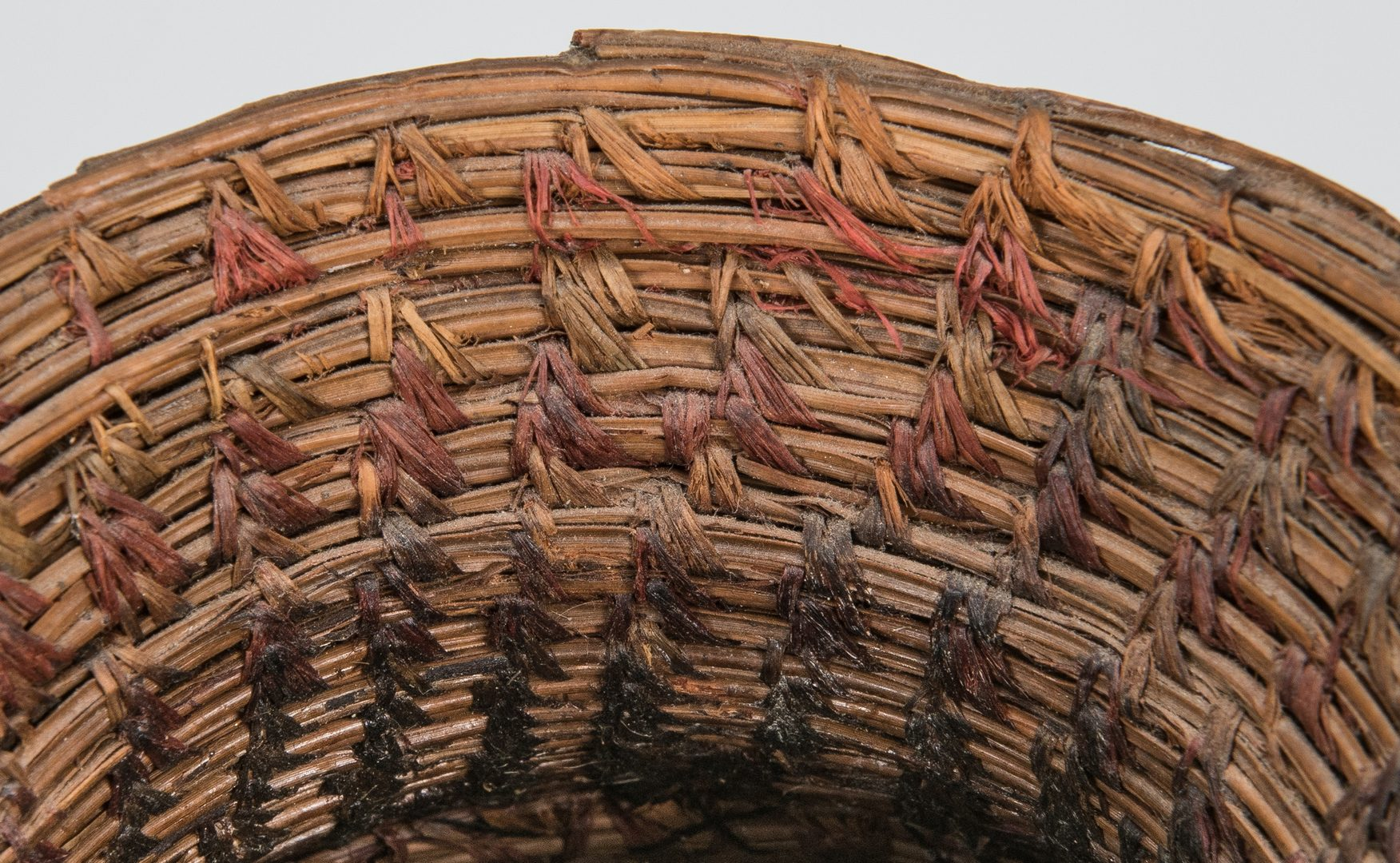 Lot 272: Native American Coushatta & Seminole Pine Needle Baskets, 2 items