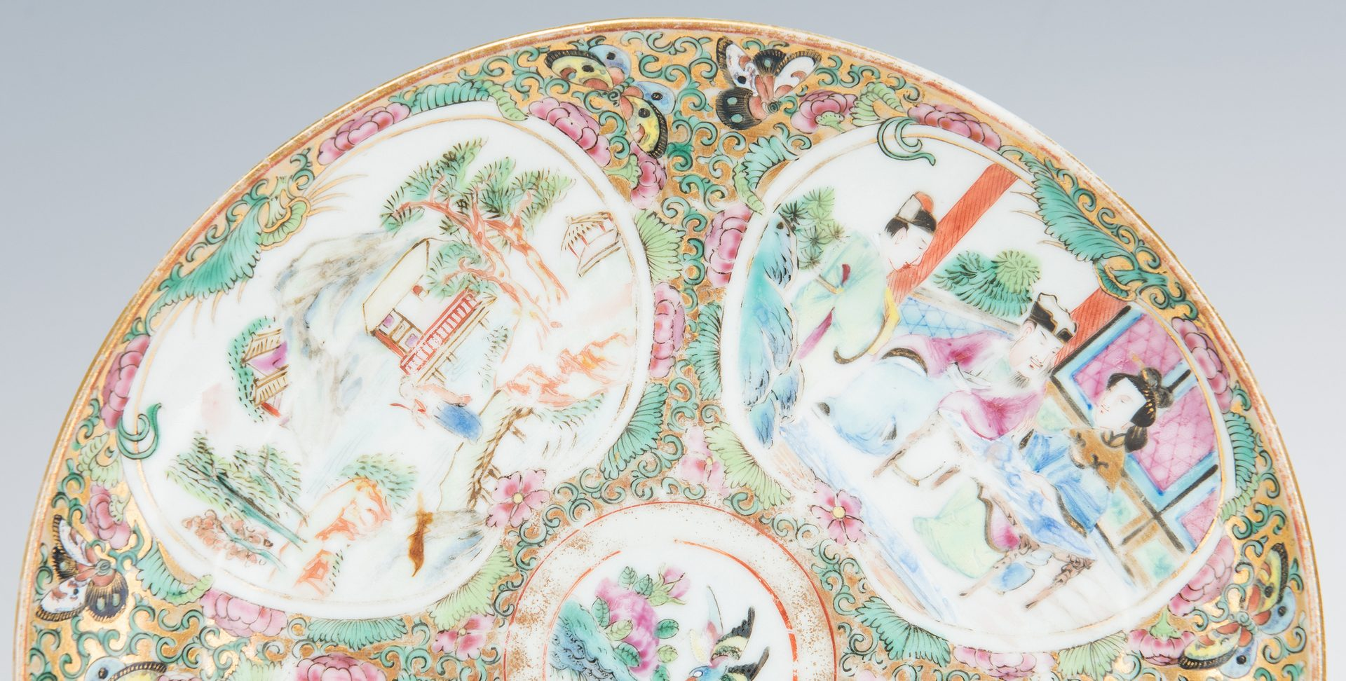Lot 314: 5 Chinese Export Porcelain Items, incl. Rose Medallion, Famille Rose