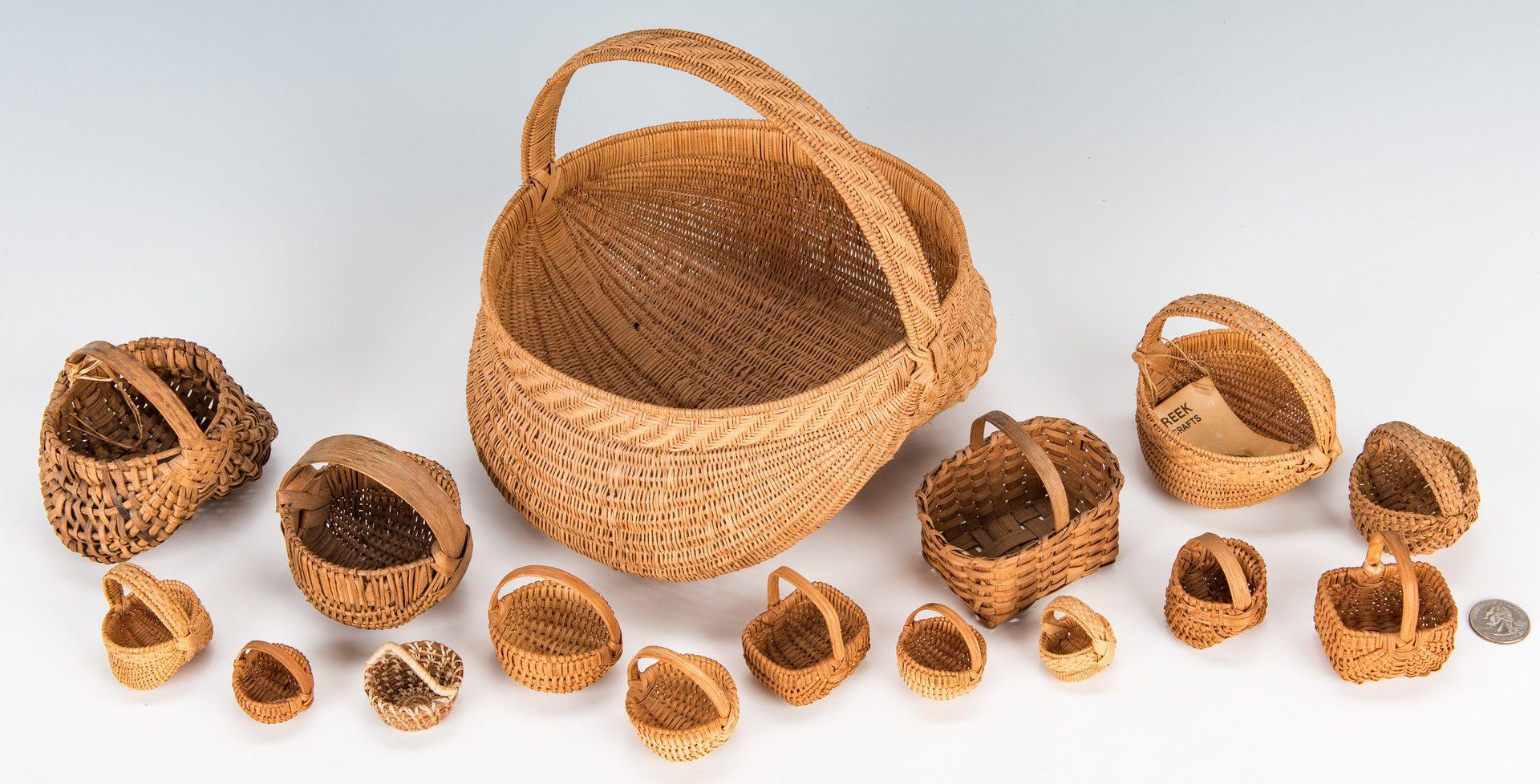 Lot 385: 16 TN & Southern Baskets, inc. 15 miniatures