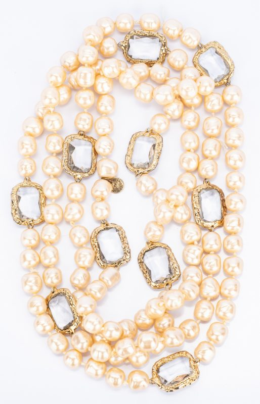 Lot 422: Chanel Necklace, Pearls with Chicklets