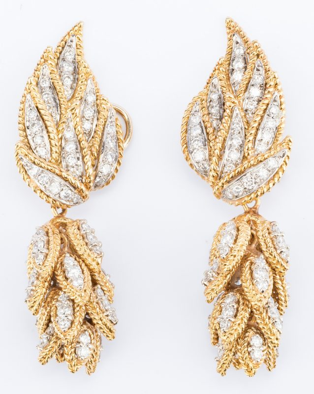 Lot 179: 18K Diamond Petal Earrings in 2 parts
