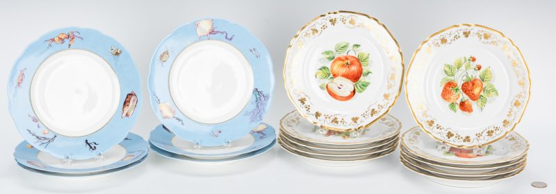 Lot 266: 16 French Porcelain Luncheon Plates