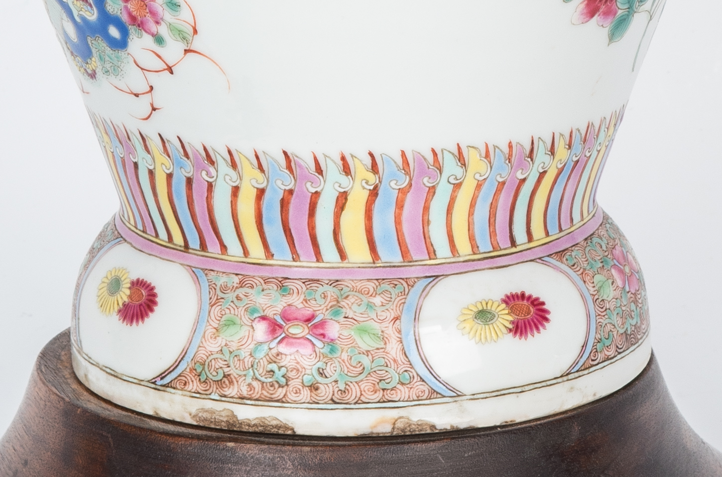Lot 30: Chinese Famille Rose Lamp, Precious Objects