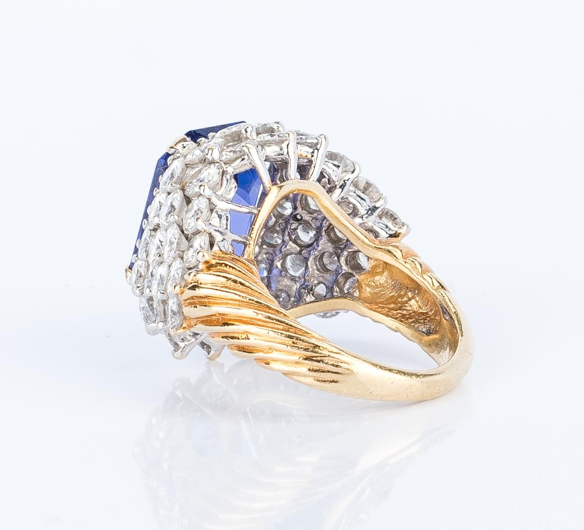 Lot 401: 18k Tanzanite Diamond Dinner Ring