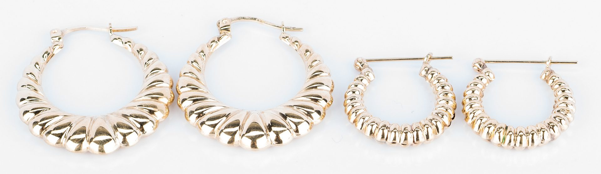 Lot 409: Group 14k Earrings and Chains, 36.2 gr.