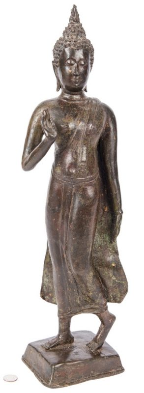 Lot 441: Early Southeast Asian bronze Standing Figure