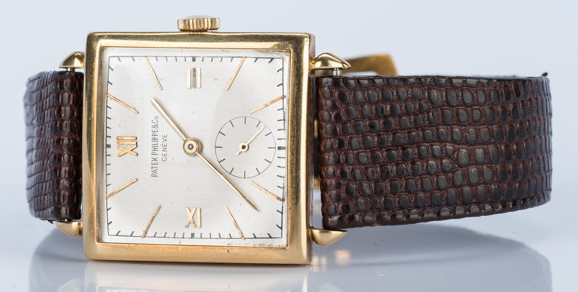 Lot 49: Patek Philippe 18k Mechanical Watch