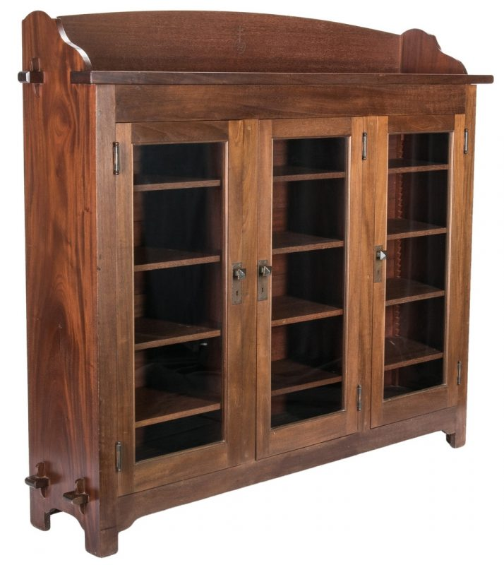 Lot 519: Roycroft Three Door Bookcase
