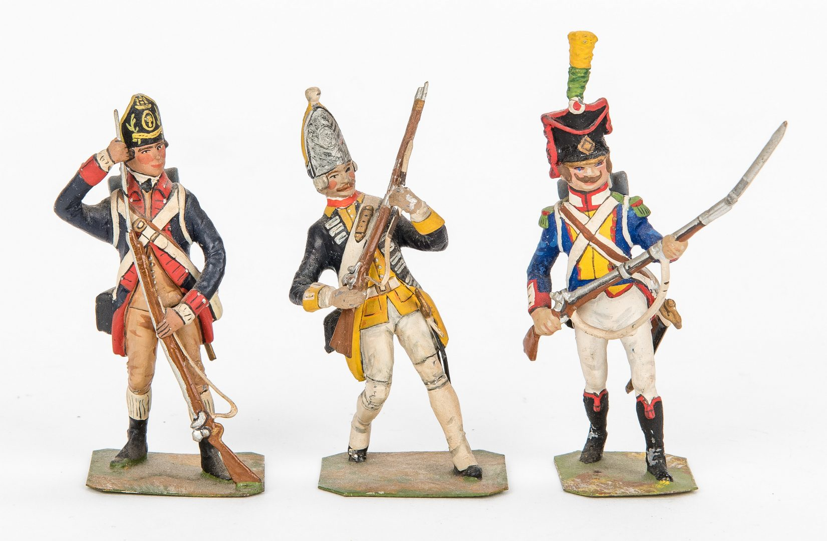 Lot 696: 46 Soldier Figurines, English & French