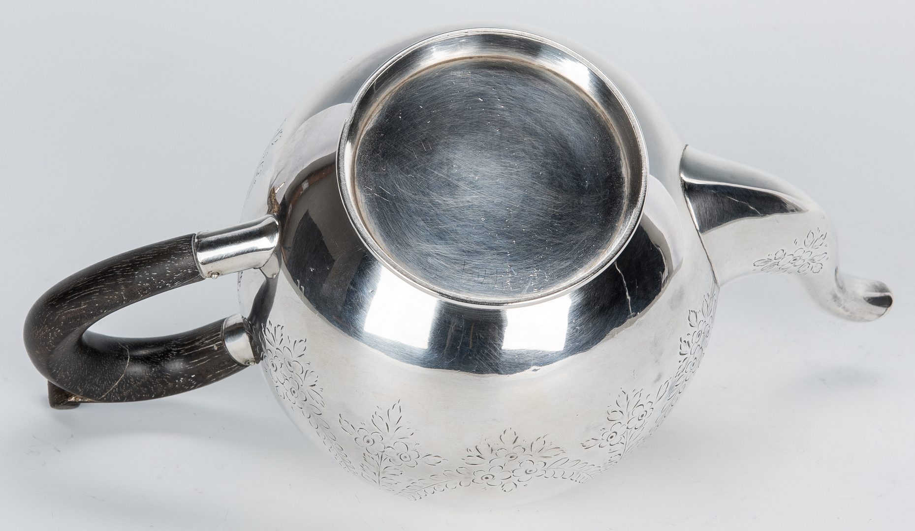 Lot 69: 5 pcs. English Sterling inc. Vermeil Salts