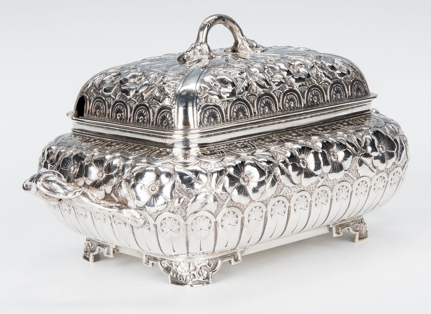 Lot 70: John Vansant Aesthetic Silver Dish and Cover