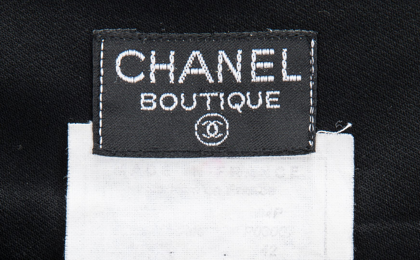 Lot 748: 4 Vintage Chanel Fashion Items