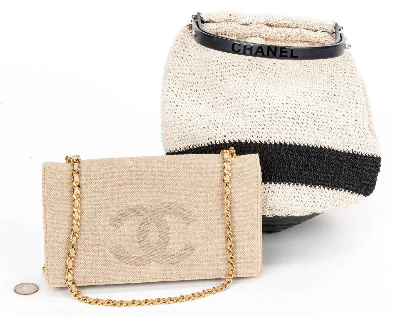 Lot 750: 2 Chanel Items incl. Wallet/Crossbody & Crochet Bag