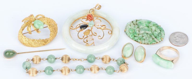 Lot 757: 7 Gold and Nephrite Jade Jewelry items