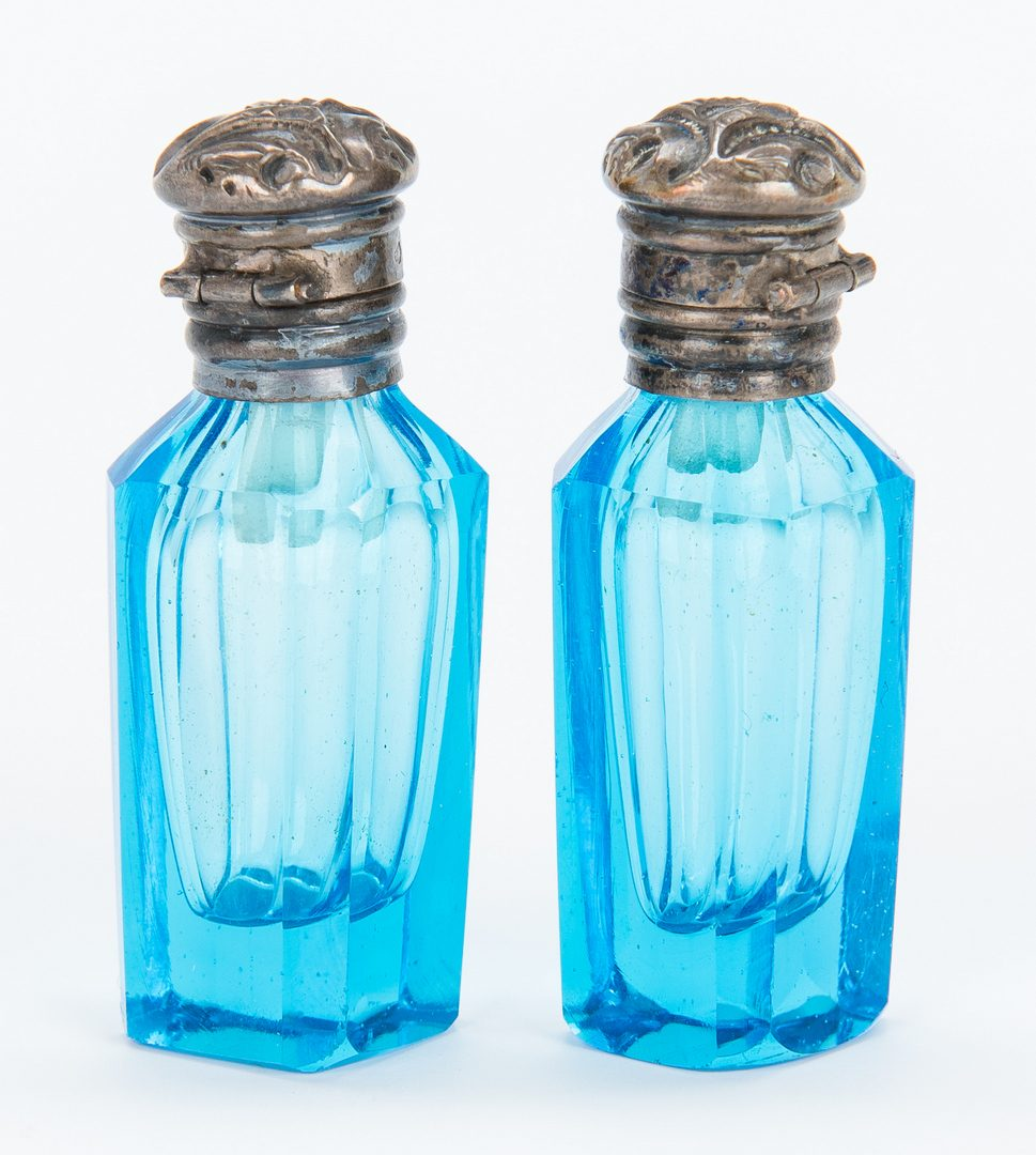 Lot 166: 3 Miniature Antique Scent Bottles incl. Figural