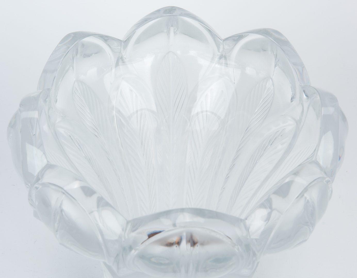 Lot 193: Lalique Esna Pattern Crystal Vase