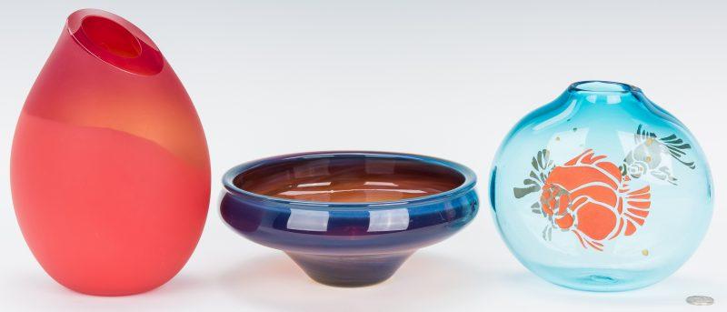 Lot 198: 3 Pieces of Studio Glass