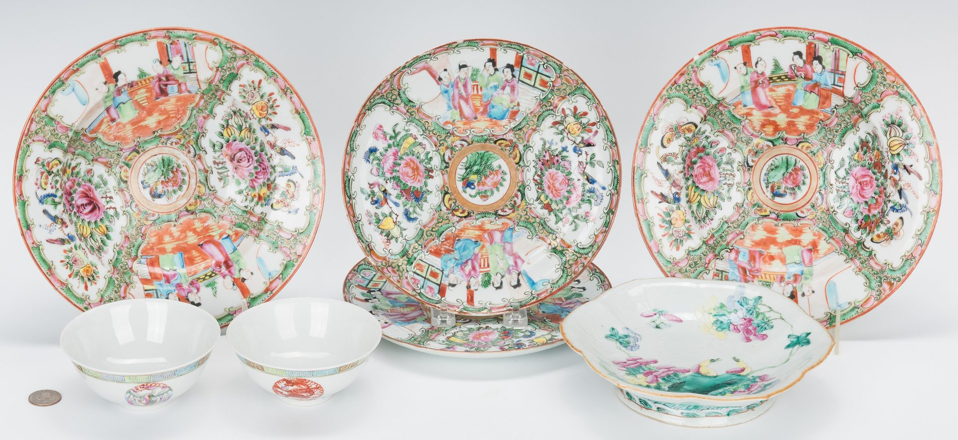Lot 210: 7 pcs. Chinese Export, incl. Rose Medallion