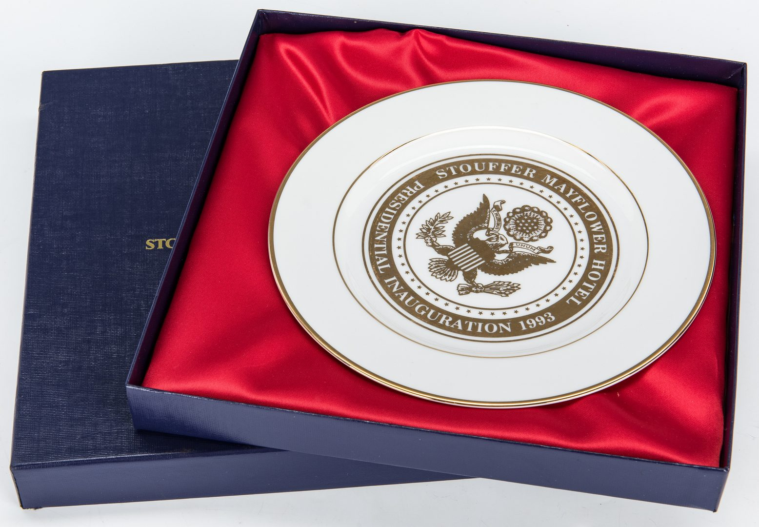 Lot 300: 4 Presidential Items, incl. Signed Photos, Plate