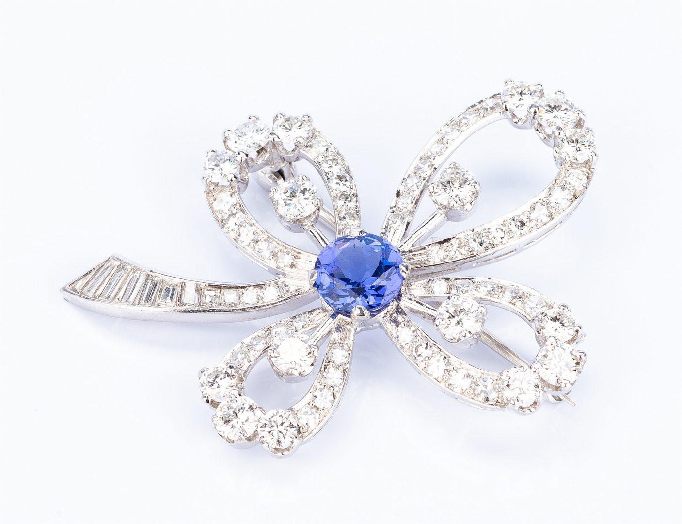 Lot 37: Tanzanite and Diamond 14k Flower Pin