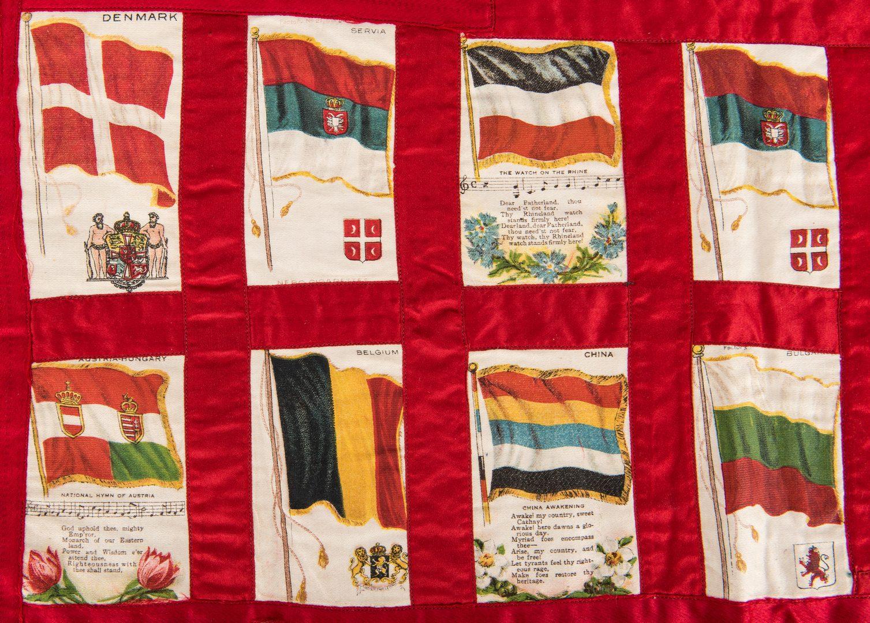 Lot 415: World's Fair Ephemera and Textiles, 7 items