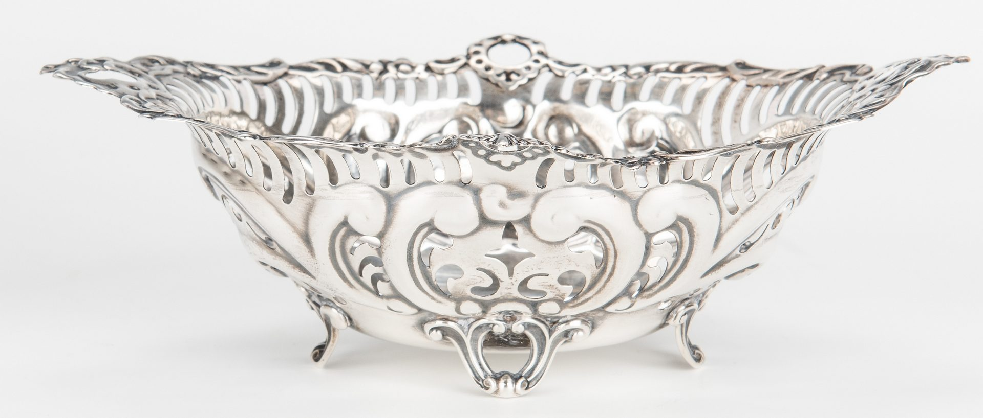 Lot 420: Pairpoint Silver Plateau & Gorham Sterling Nut Dish, 2 items