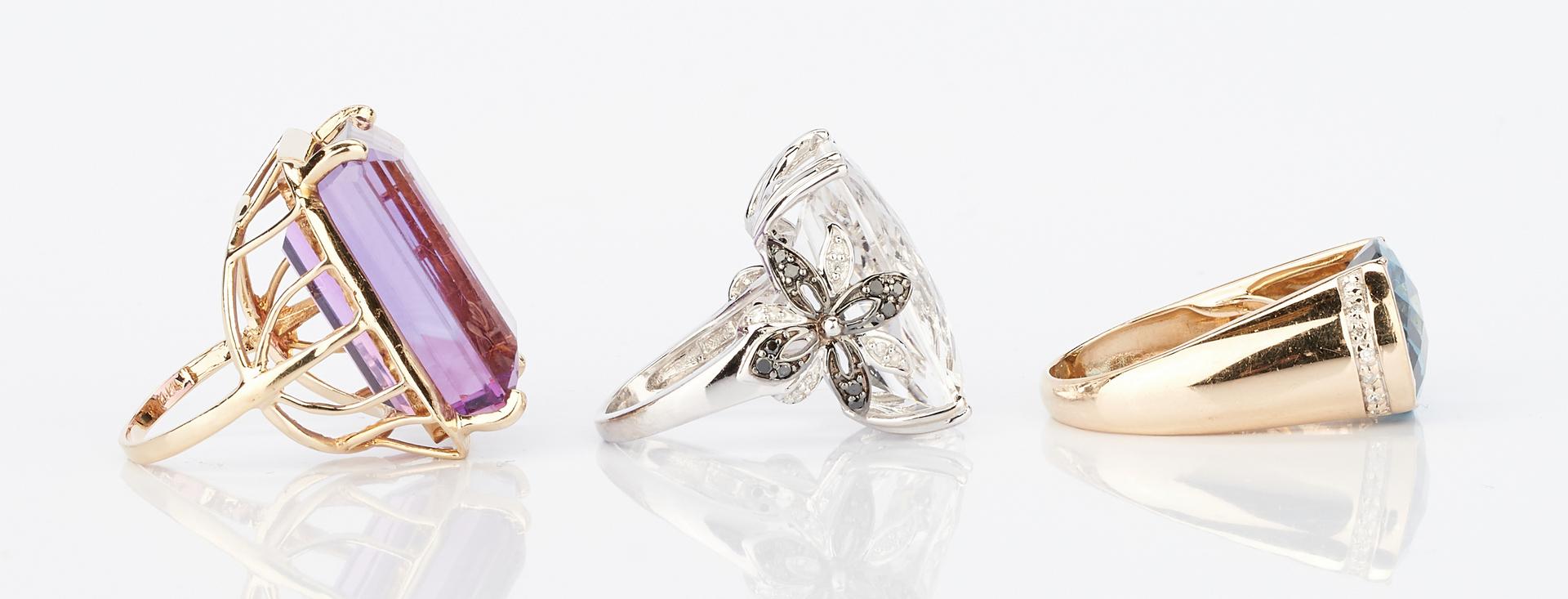 Lot 1020: 3 14K Ladies Colored Gemstone Rings