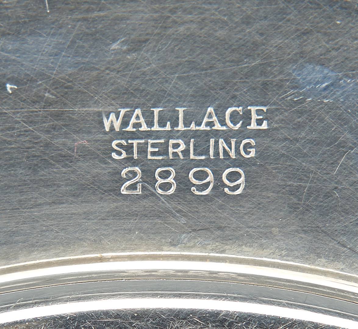 Lot 1041: 8 Sterling Silver Bread Plates, incl. Wallace