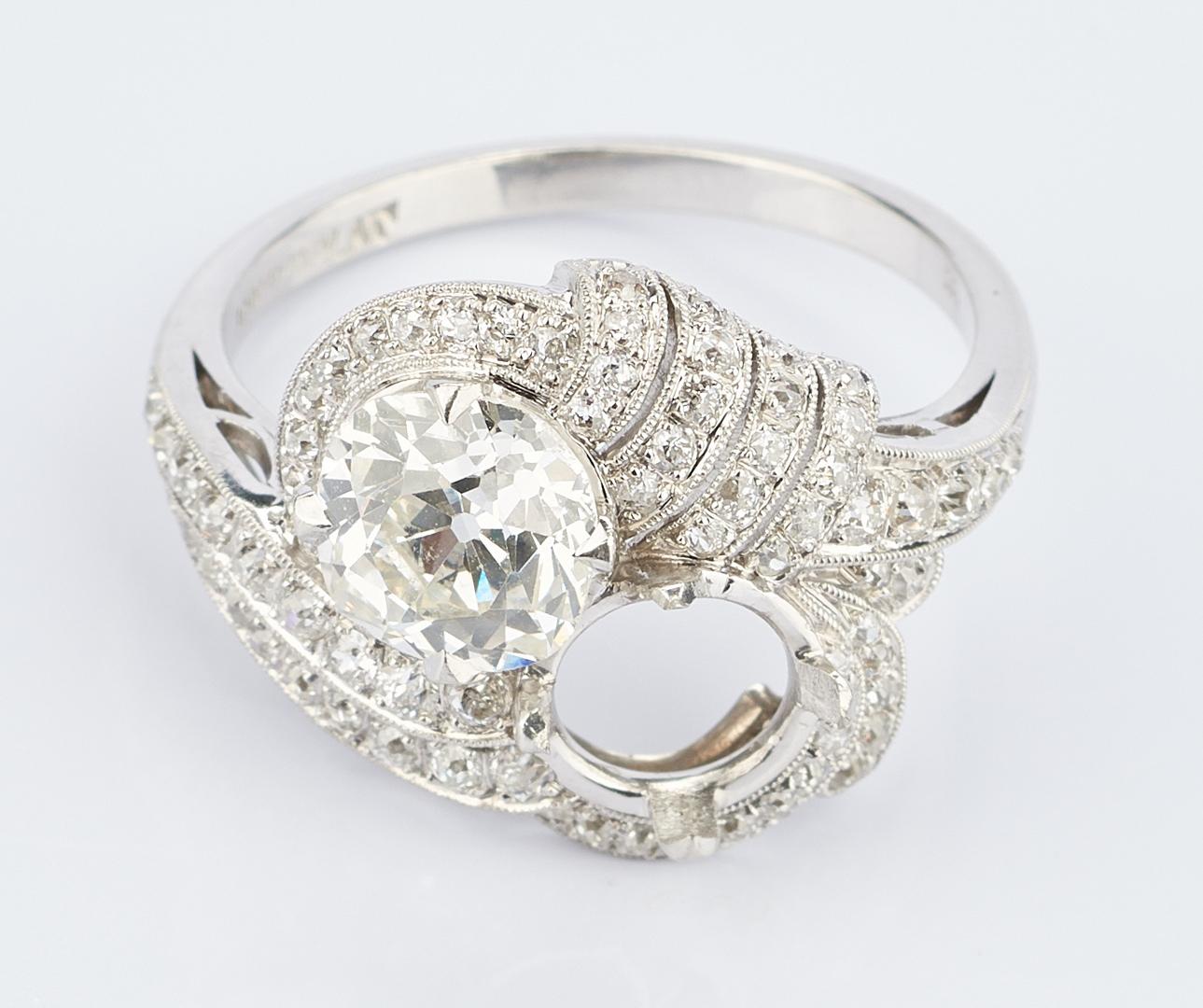 Lot 217: Ladies Platinum Diamond Ring, 1.8 Carats