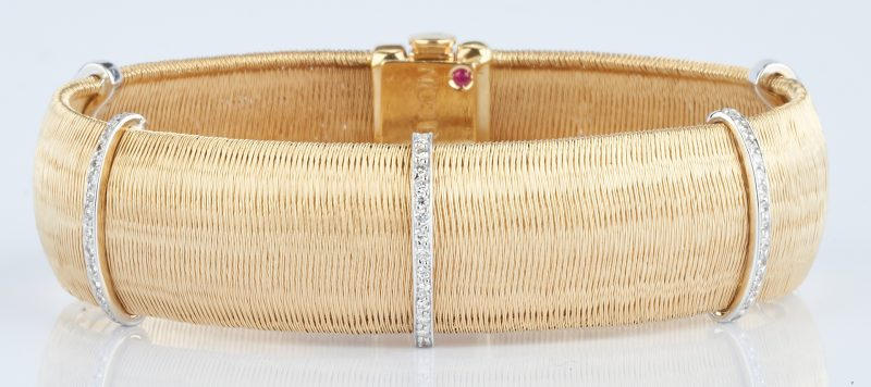 Lot 228: 18K Roberto Coin Mesh & Diamond Bracelet