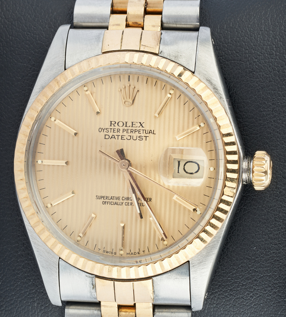 Lot 22: Mens Rolex Oyster Perpetual Datejust Wristwatch