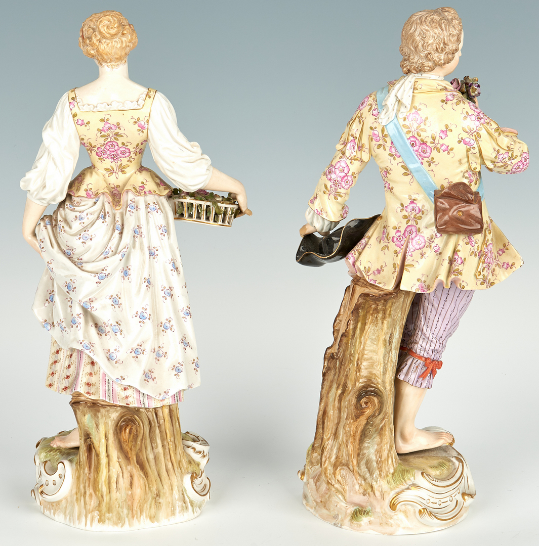 Lot 255: Pr. German Meissen Porcelain Figures
