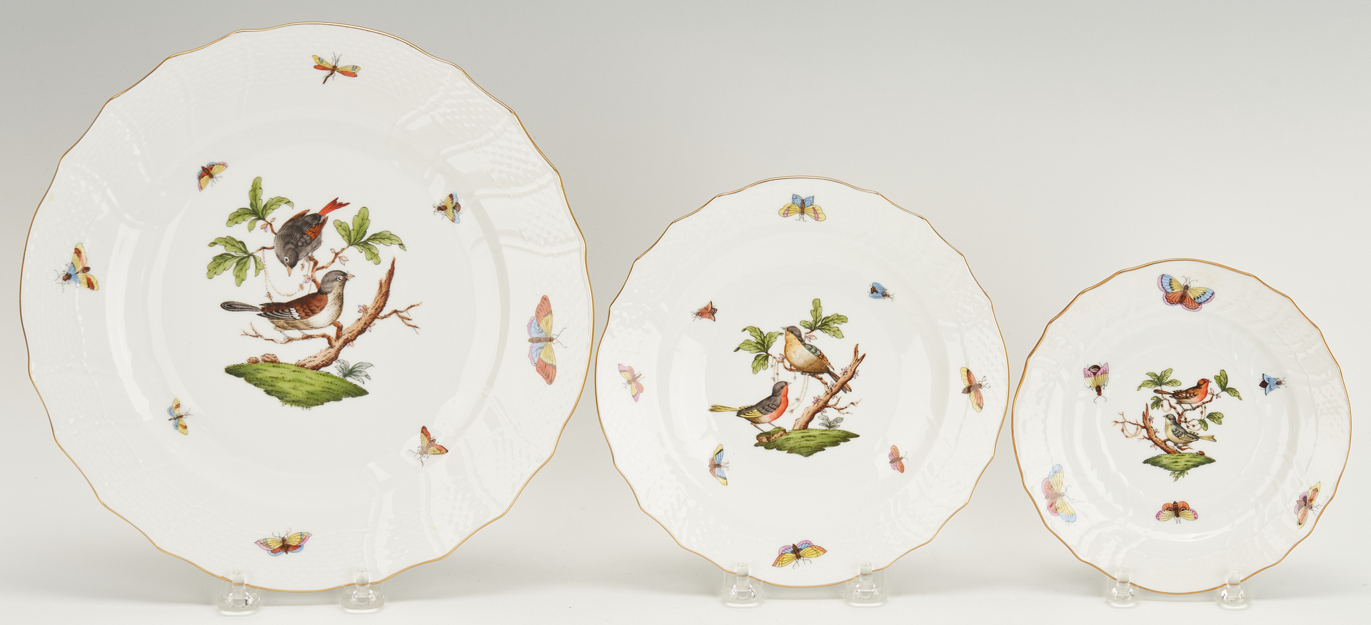 Lot 263: Herend Rothschild Bird China Service, 69 pcs