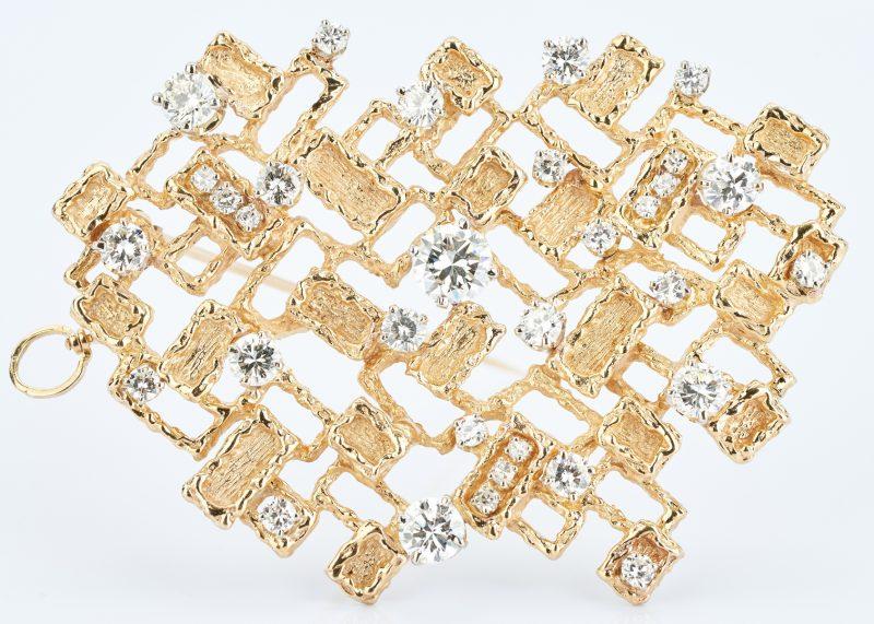 Lot 32: 14K Custom 7.4 CTW Diamond Brooch/Pendant
