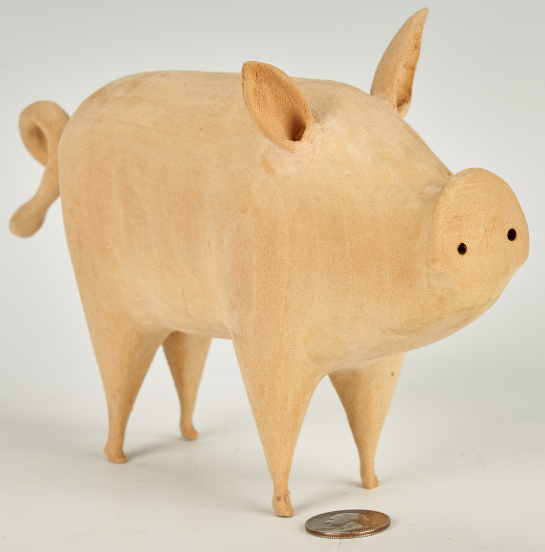 Lot 379: Linvel Barker Folk Art Pig Figural Carving