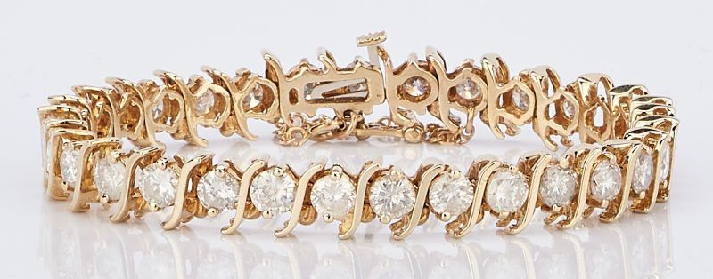 Lot 418: 14k Diamond Line Bracelet, 7.75 Carats