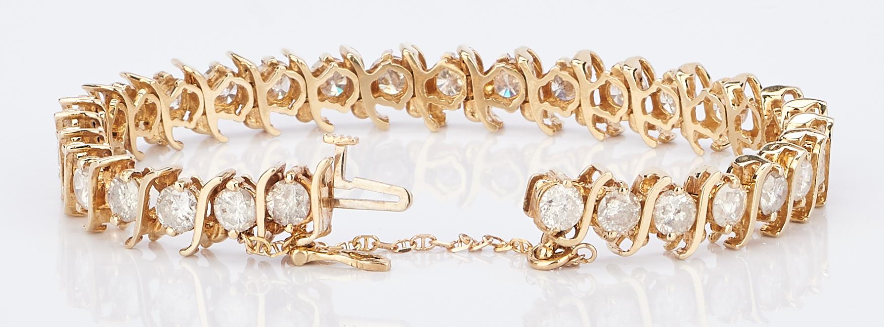 Lot 418: 14k Diamond Line Bracelet, 7.75 Carats