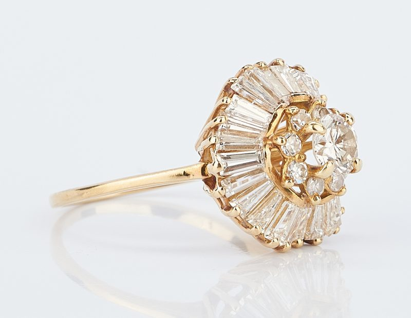 Lot 426: 18K Yellow Gold Diamond Ballerina Ring