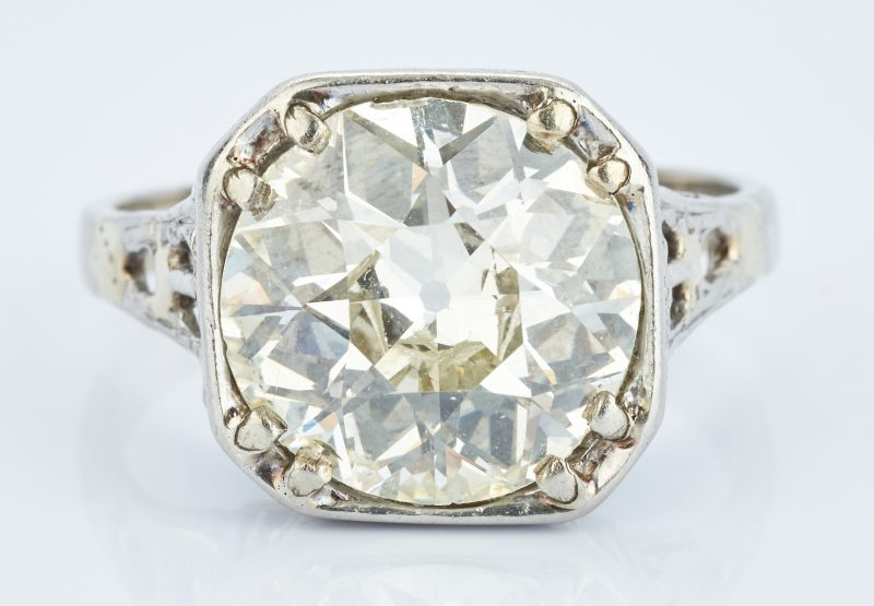 Lot 43: 5.2 CTW Old European Brilliant Diamond, GIA