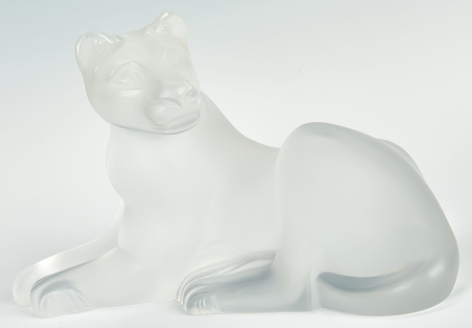 Lot 481: Two Art Glass Lalique Lion Figures