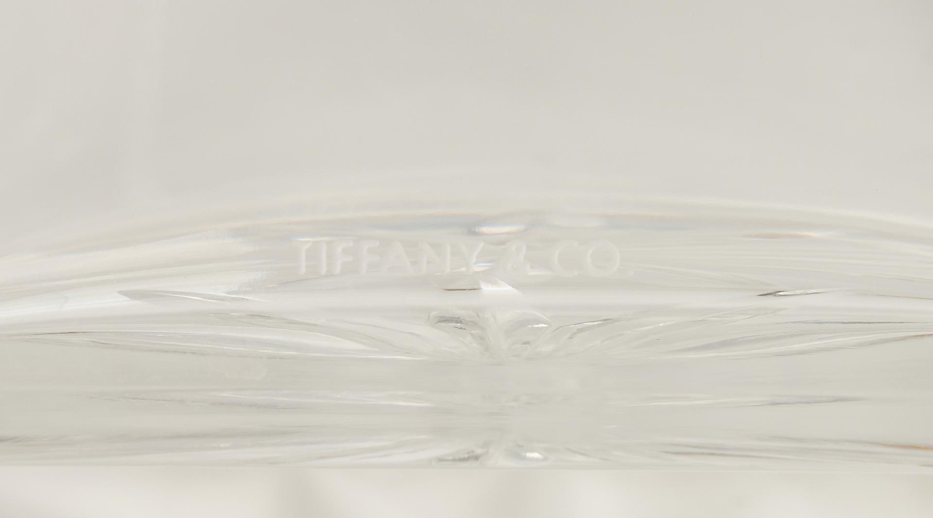 Lot 483: 9 Tiffany, Baccarat, Val St. Lambert Decorative Items