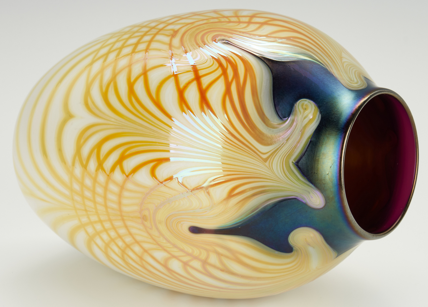 Lot 486: Charles Lotton Vase dated 1974
