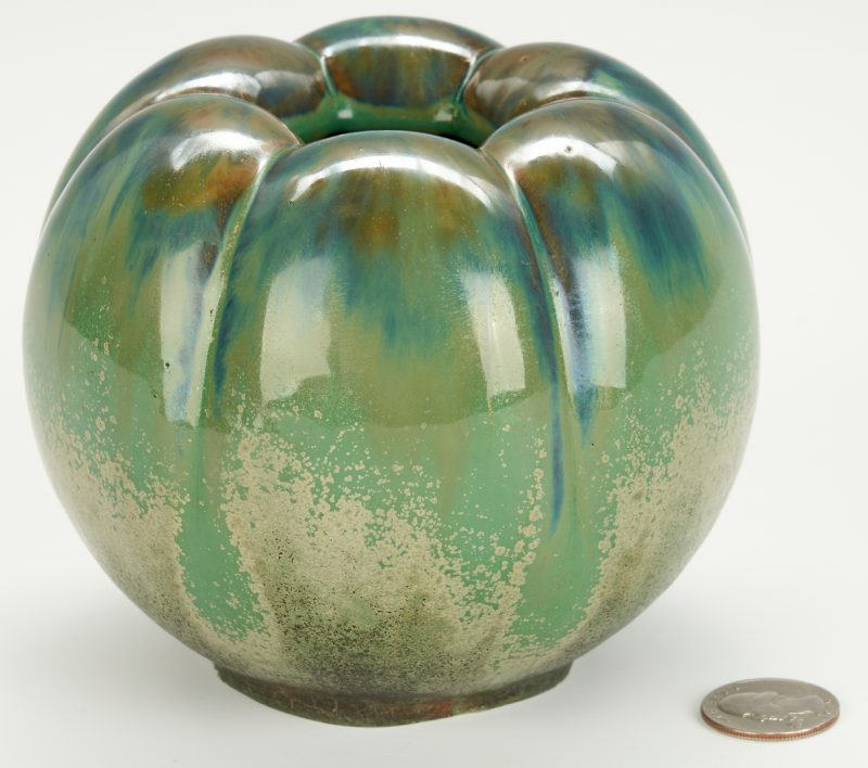 "Lot 501: Fulper ""Bell Pepper"" Art Pottery Vase"