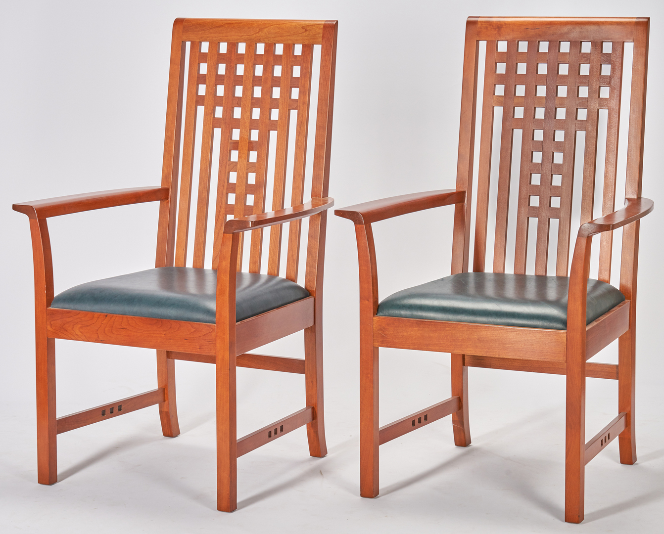 Lot 508: Stickley Mission Dining Table and 8 Chairs