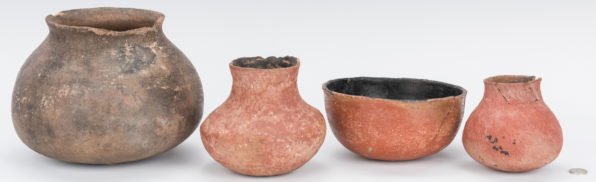 Lot 588: 5 Native American Pottery Pots, Salado & Gila Rive