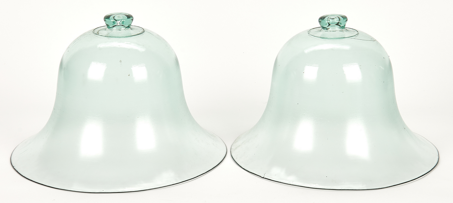 Lot 652: 4 Glass Garden Cloches or Bell Domes