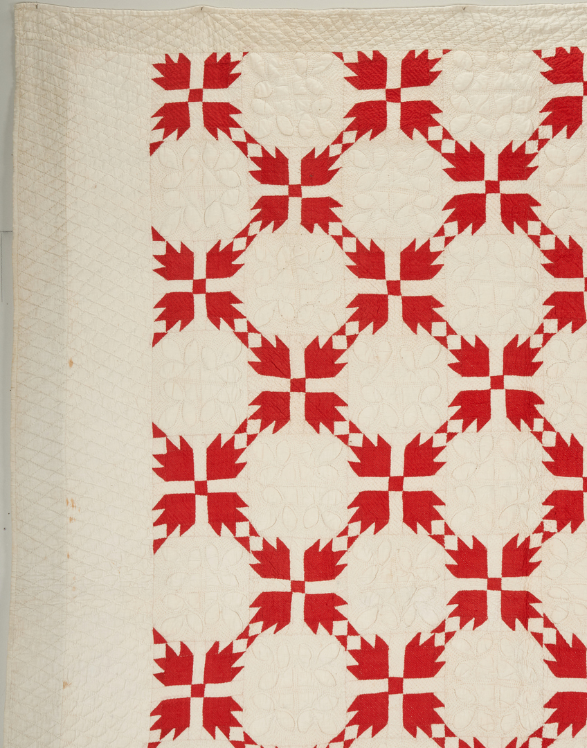 Lot 657: East TN Pieced & Appliqued Quilt, Bear Paw Pattern