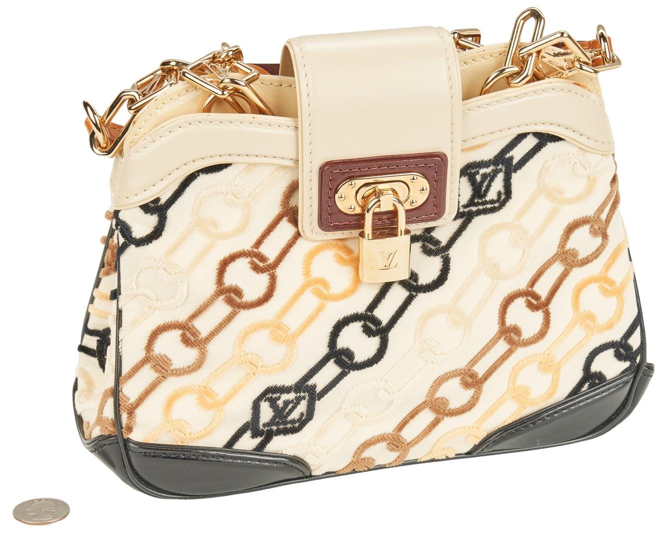 Lot 702 Louis Vuitton Velvet Chains